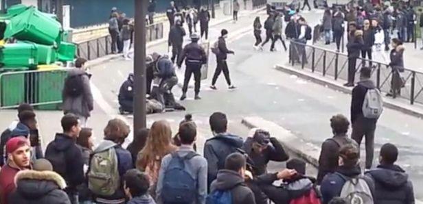 15712244.jpg violences contre jeunes